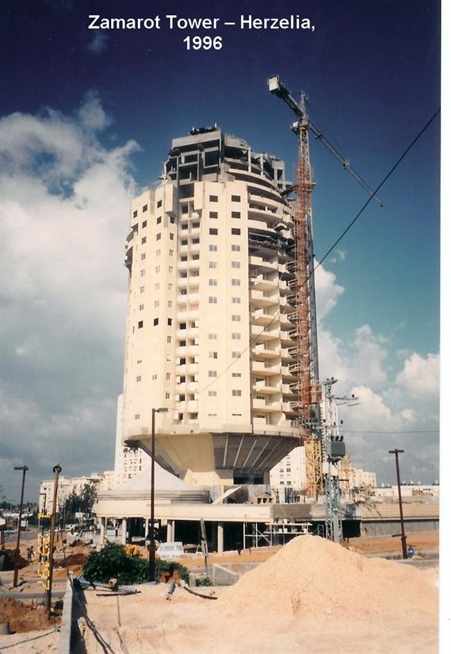 למעלה פרויקט צמרות - הרצליה | תכנון מבנים | רמי בלס מהנדסים RA-39